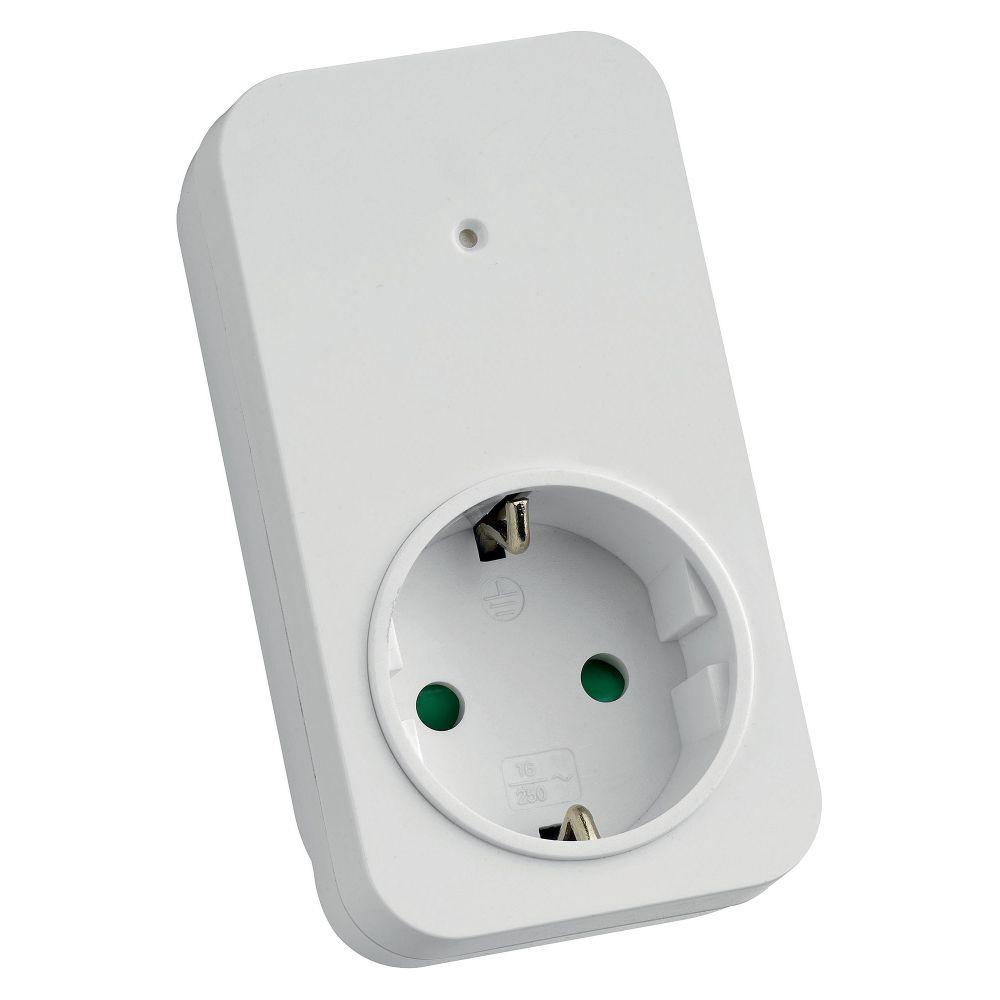 prise integree a fonction interrupteur max3500w slv. Black Bedroom Furniture Sets. Home Design Ideas